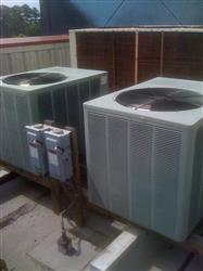 135544 - 12.5 Ton AQUA PRODUCTS Chiller with Rheem Condensing Units