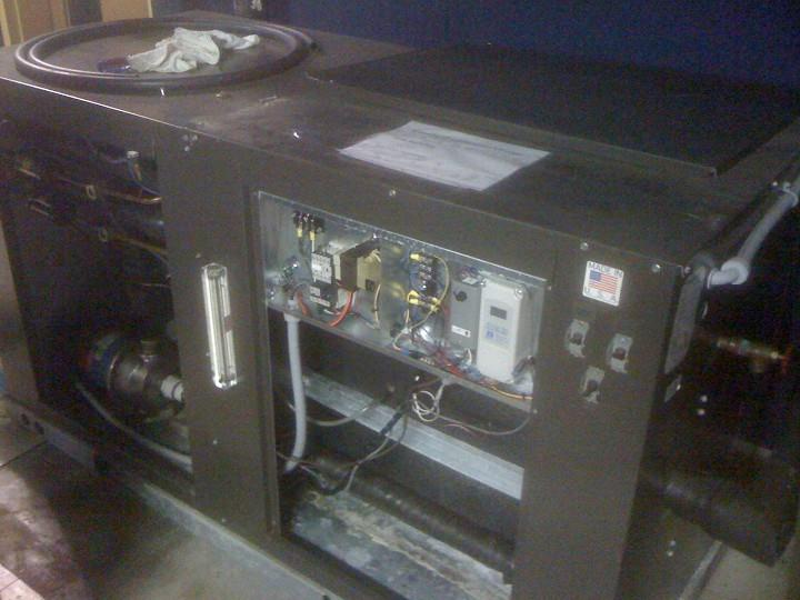 Image 12.5 Ton AQUA PRODUCTS Chiller with Rheem Condensing Units 352751