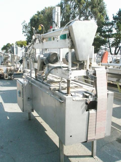 Image MCKENNA Model 700 Overcapper-Lidder 409486
