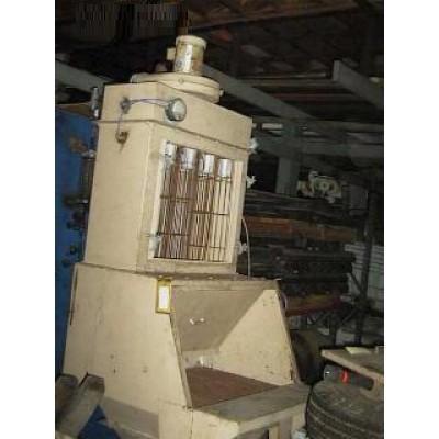 VACUMAX Carbon Steel Vacuum Pump w/ Dust Collector