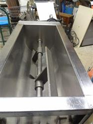 140897 - Chocolate Melter