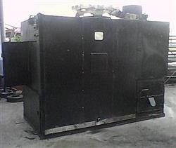 J AND R MANUFACTURER Model 700 Oyler Pit Smoker