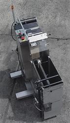 Image QUADREL LABELING SYSTEMS R220 Dual Roll Label Feeding/Unwinder 369982