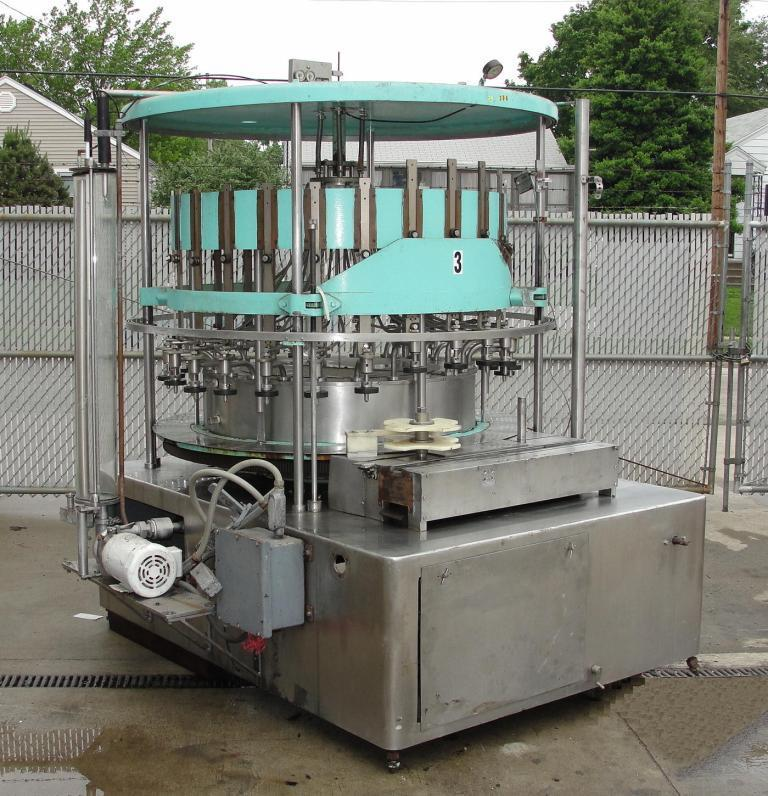 US BOTTLERS Liquid Vacuum Filler