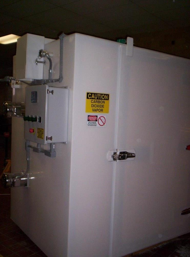 153 cf Fiberglass Nitrogen Cabinet Freezer