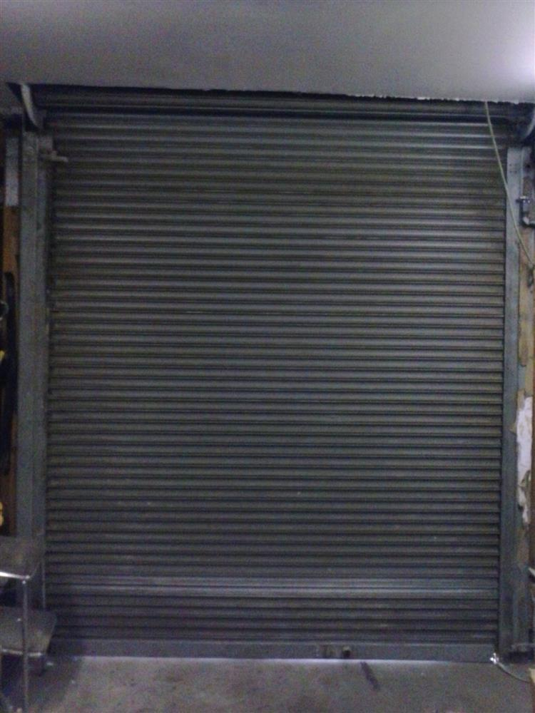 Power roll up shop or garag for sale used