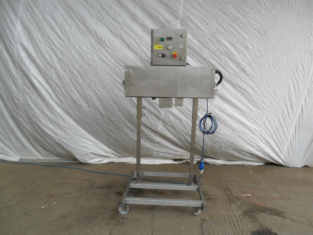 ASTRAPACK Continuous Band Heat Sealer