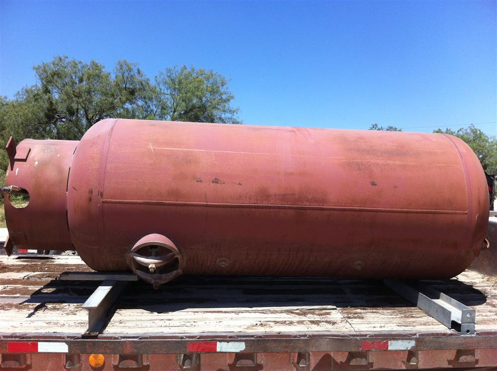 Image 600 Gallon Vertical Compressed Air Tank 467272