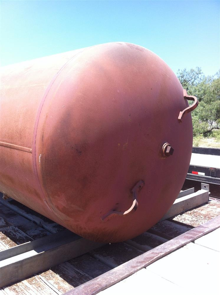 Image 600 Gallon Vertical Compressed Air Tank 467274