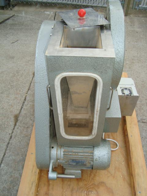 Image R&D Single Station Press 476840