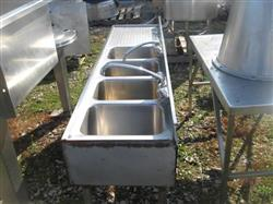 170535 - 4 x 5 Gallon Sinks with Table