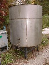 1000 Gallon Stainless Steel Tank with 3 Pass Internal Coil