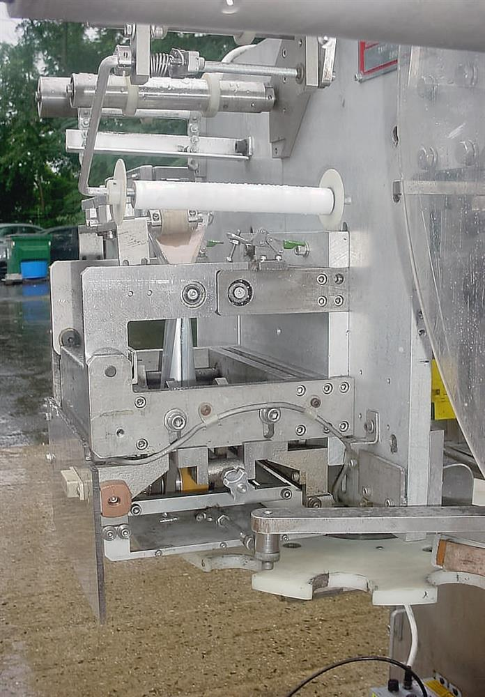 Image CULBRO Fully Automatic Tamepr Evident Neck Bander 479127