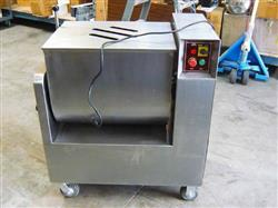 177953 - 250 lbs. GELGOOD GGNX 100A Meat Mixer