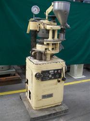 Image 16 Station MANESTY Betapress Tablet Press 502886