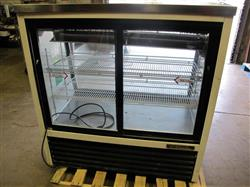 "188782 - 48"" TRUE TSID-48-2 Refrigerated Deli Display Case"