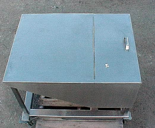 Image 14.5 Cubic Feet 108 Gallon Stainless Steel Tote on Wheels 561770
