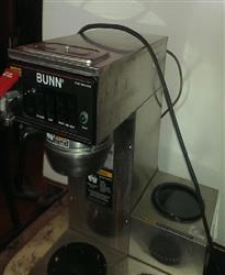 197785 - BUNN CWTF15-3 Coffee Brewer/Warmer