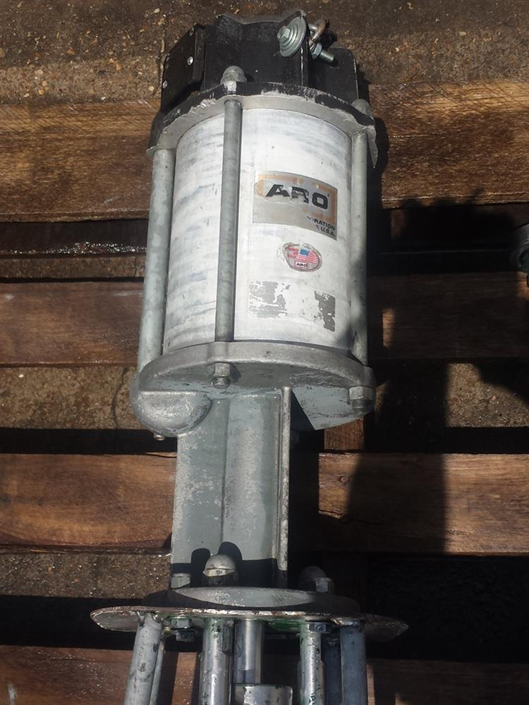 Image ARO Pneumatic Piston Pump 571792