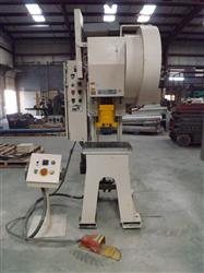 201165 - 22 Ton BENCHMASTER 22A250 Punch Press