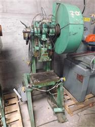 201166 - BENCHMASTER 252X Punch Press