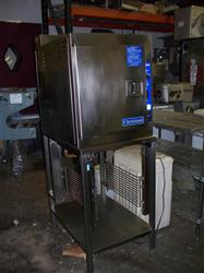 201249 - CLEVELAND 21CGA5 Gas Steamer with Stand