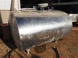 204472 - 600 Gallon DELAVAL Dome Top Bulk Tank