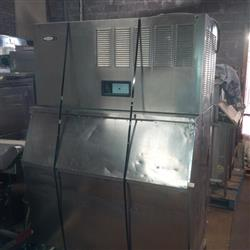 204784 - CORNELIUS AC-1400-SS-MH Ice Machine and Bin