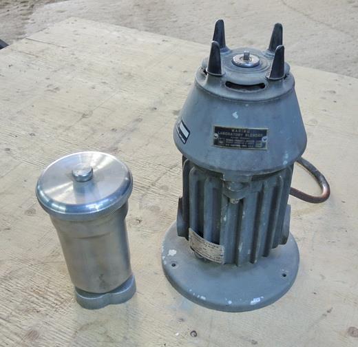Image 1.3 Liter WARING Stainless Steel High Intensity Laboratory Blender 603811