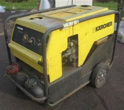 209461 - KARCHER HDS900B Gas Powered Pressure Washer