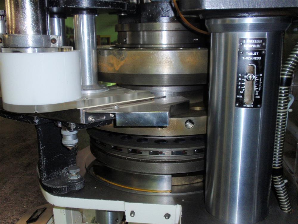 Image 25 Station MANESTY EXPRESS XP-25 Rotary Tablet Press 625927