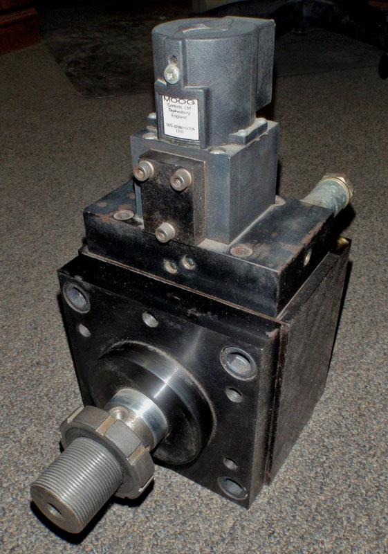 Image MOOG B35829-3 Program Cylinder B35829-3 With Servo Valve And LVDT 627871