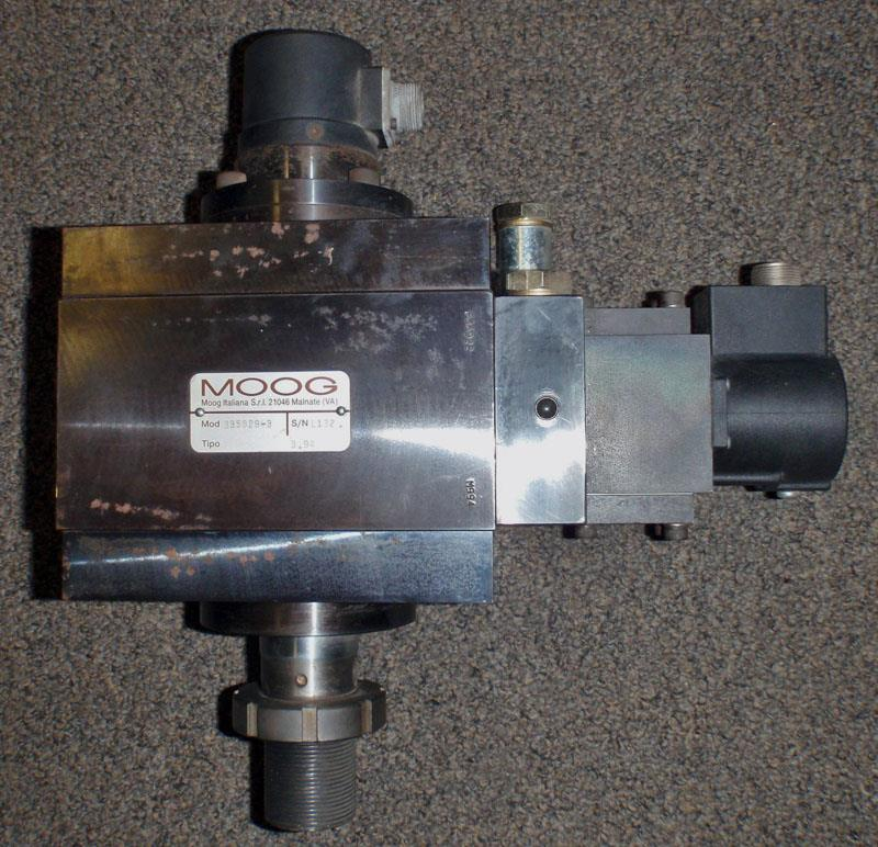 Image MOOG B35829-3 Program Cylinder B35829-3 With Servo Valve And LVDT 627874