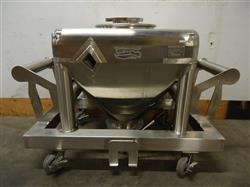 211499 - CUSTOM METALCRAFT INC. 514818 Stainless Steel Powder Tote.