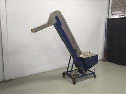 212805 - Cap Elevator Hopper with Cleated Belt