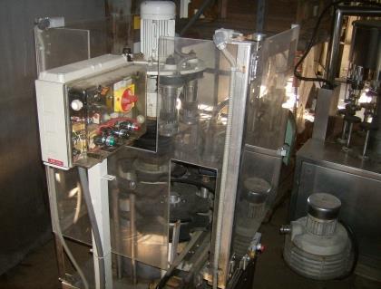 Image 12 Head / 60 BPM SEITZ Bottle Filling Line 711090