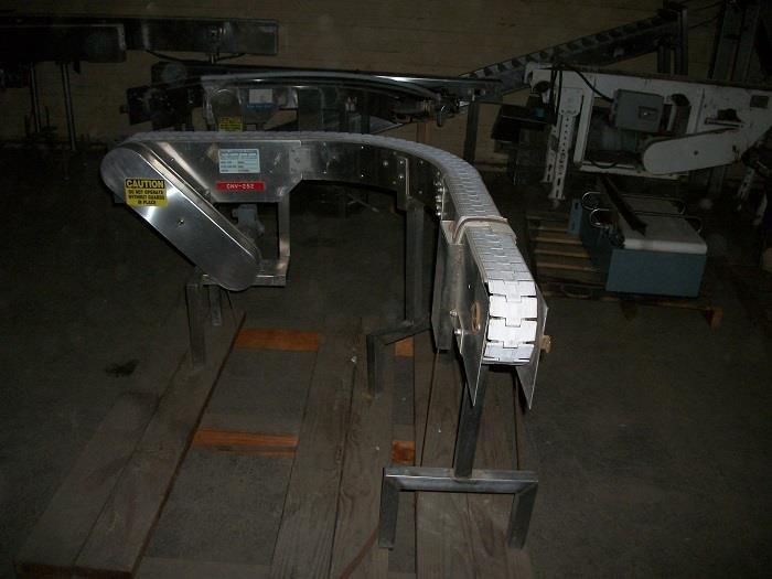 Image 90 Degree Turn Plastic Link Belt Conveyor 726525