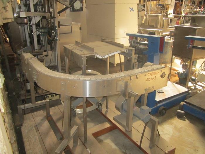 Image 90 Degree Turn Plastic Link Belt Conveyor 1067794