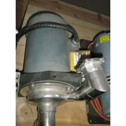 215175 - 1 HP PEERLESS Centrifugal Pump