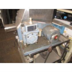 Image 1/3 HP Vacuum Pump 643152