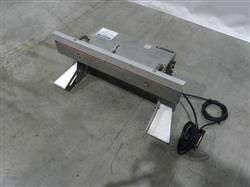216050 - AUDION  Pac Table Top Vacuum