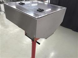 Image Vibratory Cap Feeding System With Adjustable Stand 648455