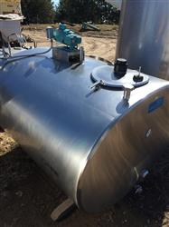 217233 - 600 Gallon DE LAVAL Milk Tank