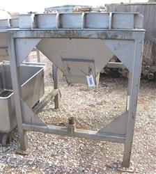 221037 - 20 CU FT Stainless  Steel SYNTRON Hopper