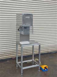 Image Semi-Auto Pneumatic Perfume Crimp Capper Machine 660599