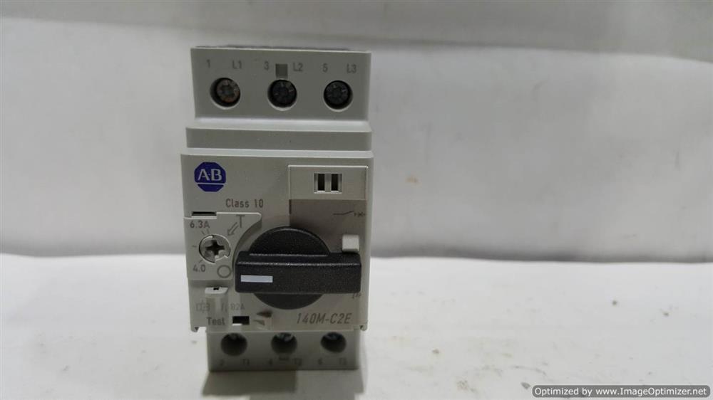 Image COLUMBIA OKURA Motor Circuit Protector (Lot of 4) 664396