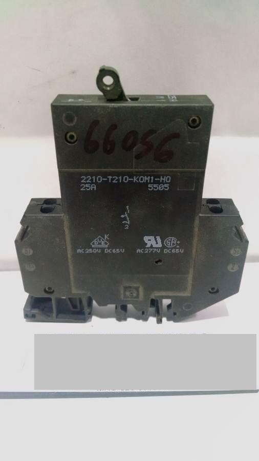 Image BOSCH Circuit Breaker (Various) (Lot of 7) 675451