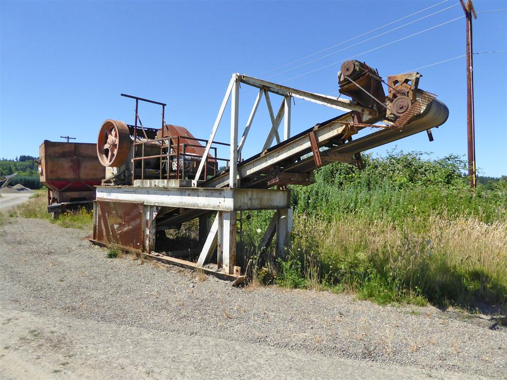 Image 15in x38in TELESMITH Jaw Crusher 690404