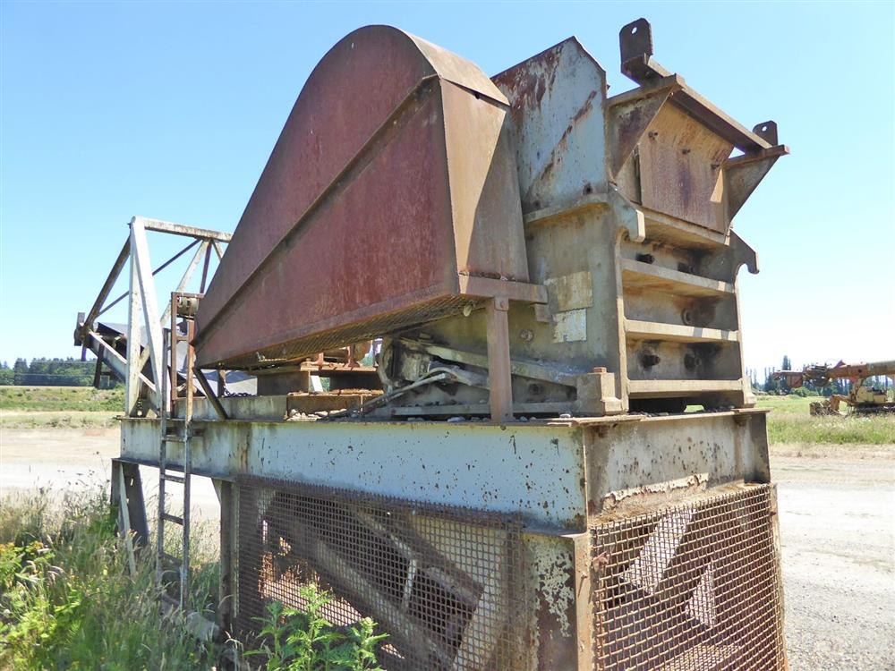 Image 15in x38in TELESMITH Jaw Crusher 690410