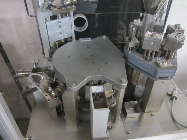Image BOSCH GKF 400 Capsule Filler With Size 1 Change Parts  676728